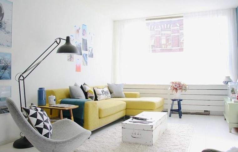 salones de diseño escandinavo sofa amarilla ideas