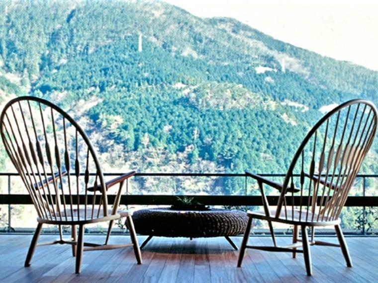 sillas pavo madera aire libre vistas preciosas ideas