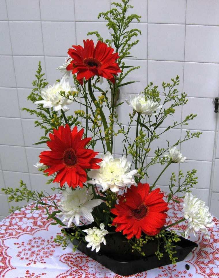 simple arreglo casero flores sencillo
