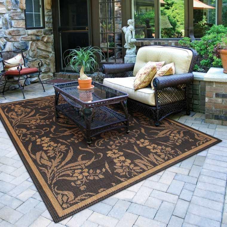 Sofas jard n acogedor y moderno con muebles preciosos - Pavimento jardin ...