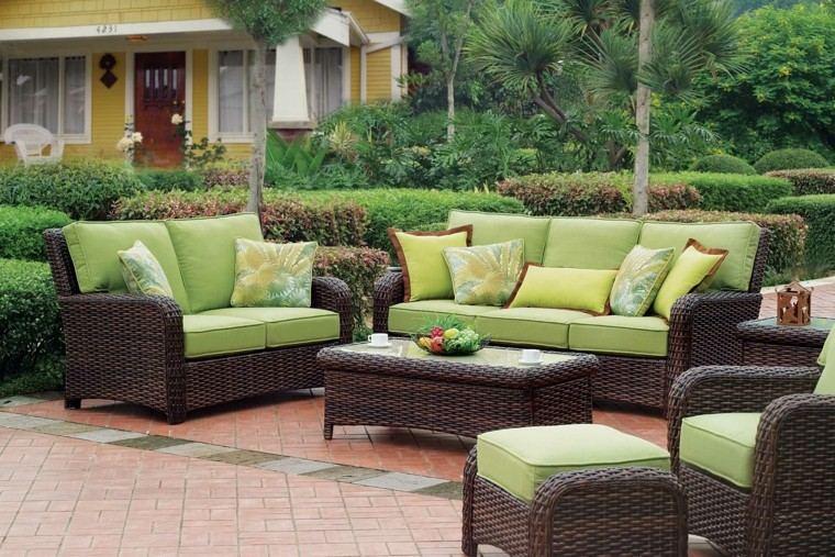 sofas colores frescos alegres espacio aire libre ideas