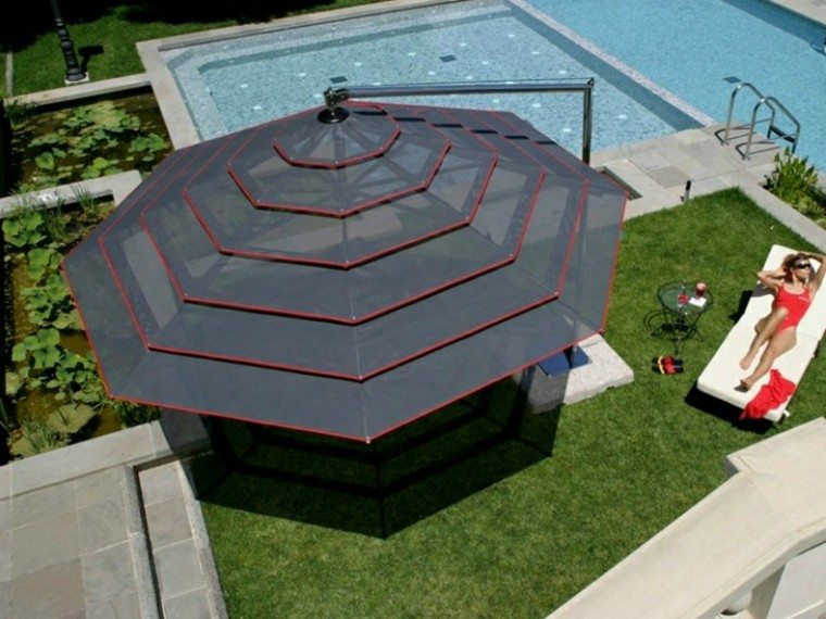 sombrilla negra preciosa jardin piscina ideas