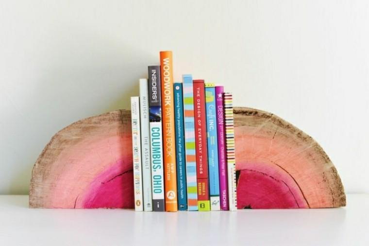 soporte libros rosa tronco madera
