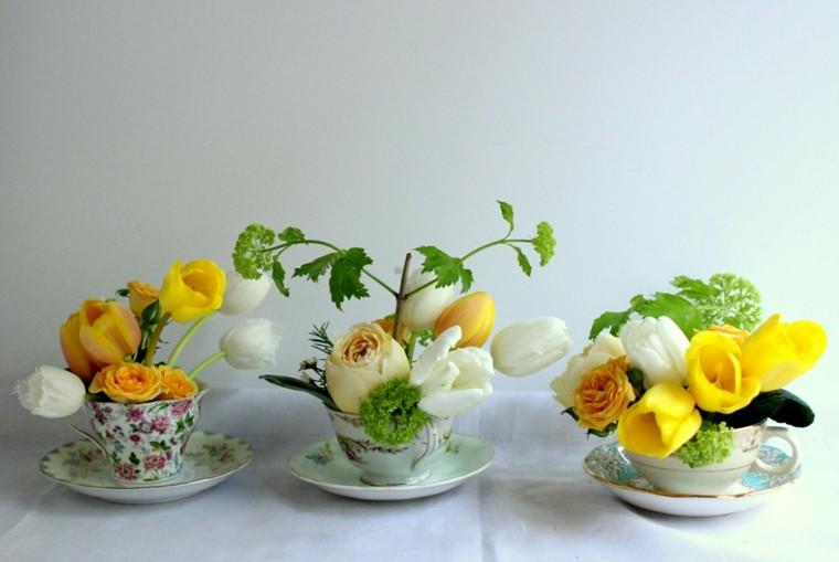 tazas te flores pequeñas amarillo flores