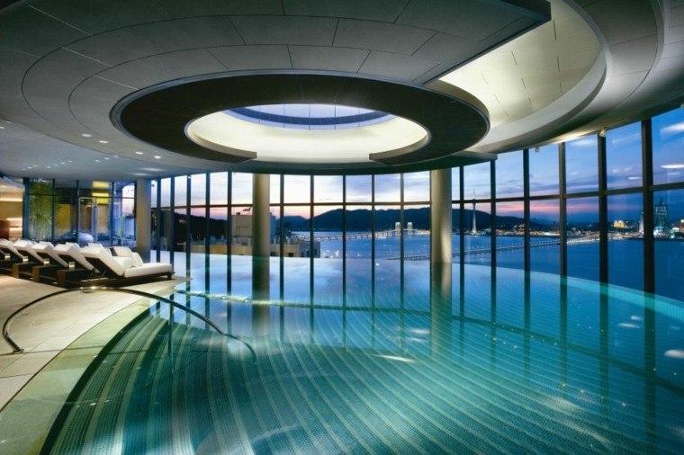 techo hotel escaleras piscina esfera