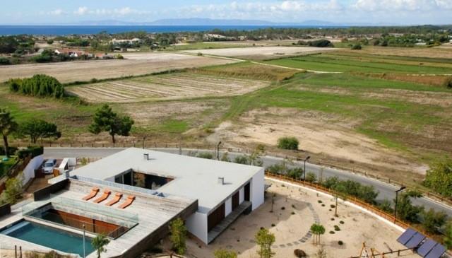 terraza diseño moderno piscina arriba