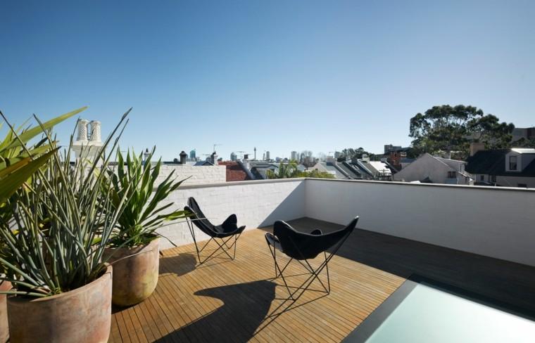 terraza estilo minimalista sillas macetas ideas