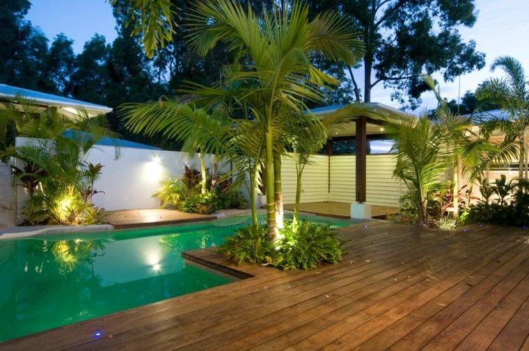 terraza madera palmeras decoracion piscina