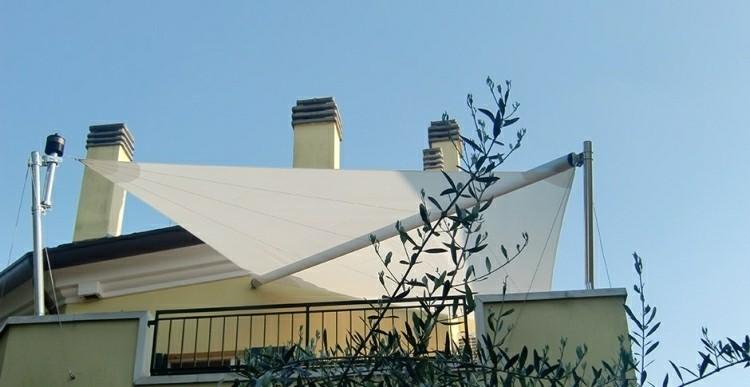 Toldos y parasoles de dise o moderno 50 ideas for Toldos para terrazas pequenas