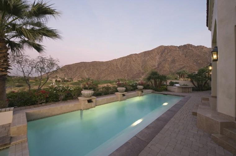 terraza pequena piscina vistas macetas hormigon ideas