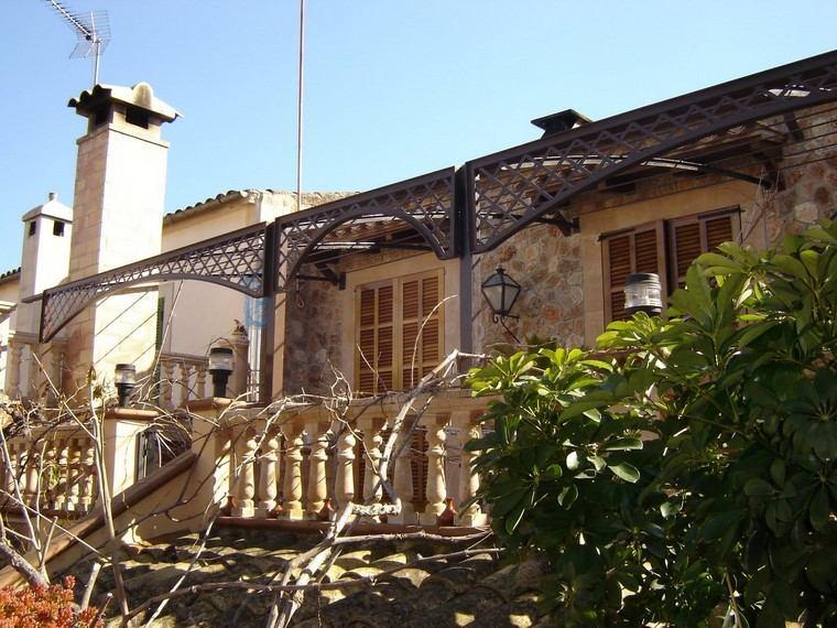 terraza pergola madera negra preciosa ideas