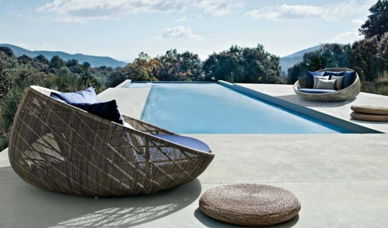 terraza piscina camas redondas diseno ideas modernas