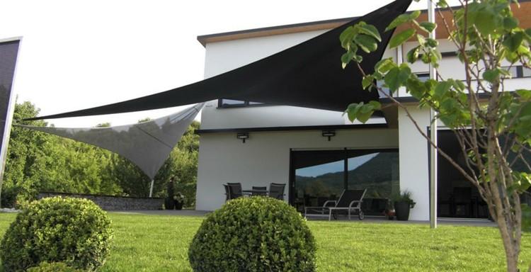 Toldos y parasoles de dise o moderno 50 ideas - Tipos de toldos para patios ...