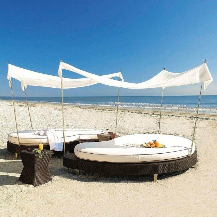 tumbonas redondas ratan marron playa