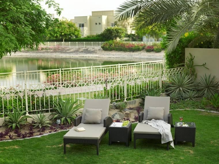 Como hacer un jardin bonito y barato ideas de disenos for Cobertizo jardin barato