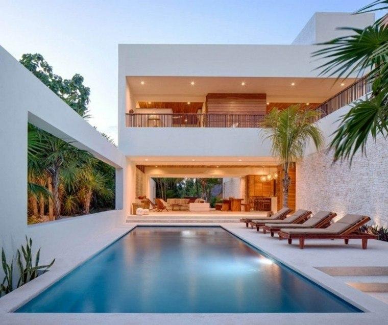 valla alta tumbonas teca piscina jardin ideas