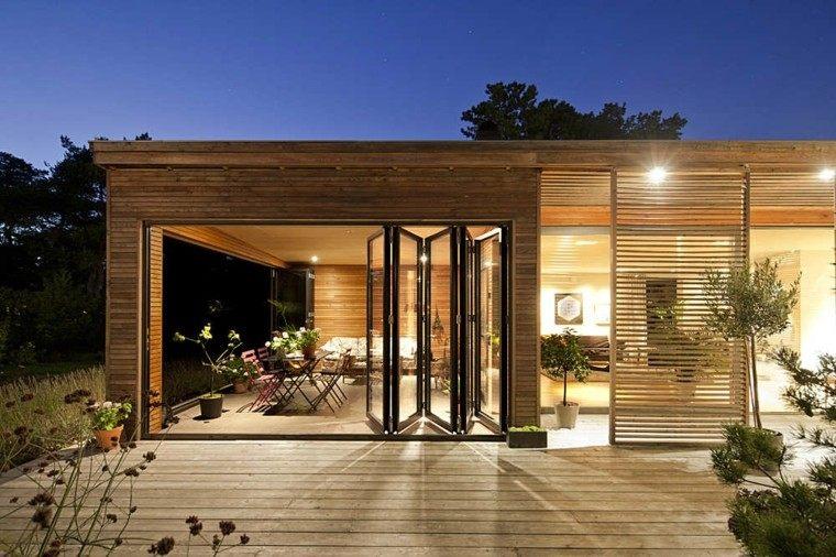 villa biombo puerta plantas luces