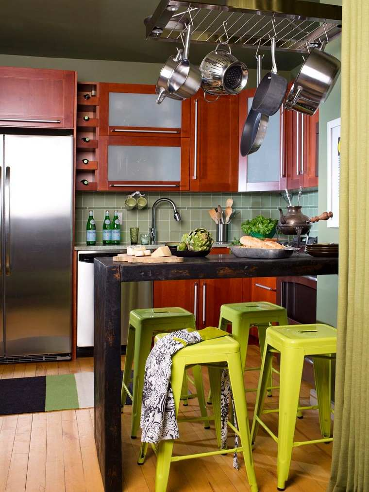 brian patrick flynn cocina diseno barra madera negra sillas verdes ideas
