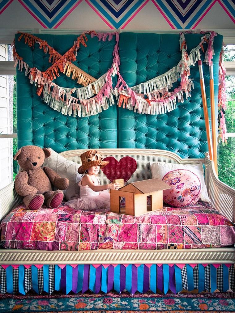 Rachel Faucett habitacion juvenil respaldo cama corazon ideas