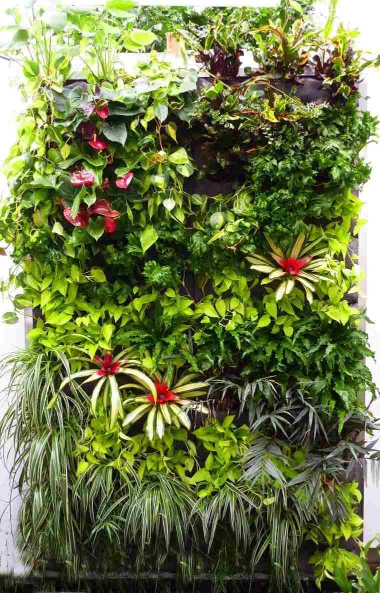 agradable muro pared verde cascada