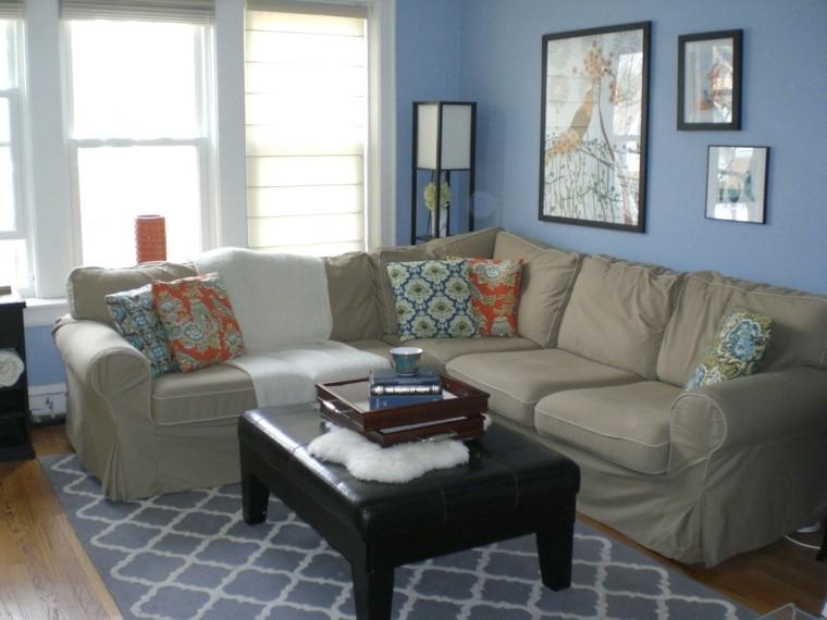 alfombra vintage taburete cuero negro sofa beige ideas