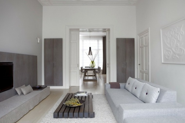Decoraci n de interiores modernos en gris y blanco for Colores de interiores de casa 2016