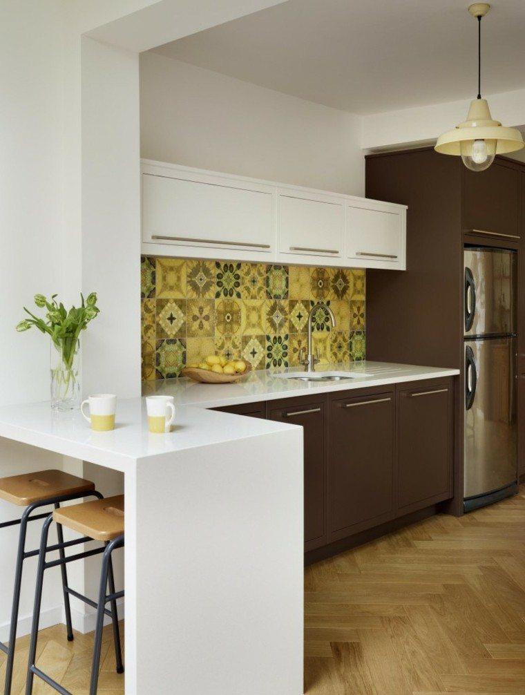 azulejos amarillos pared cocina