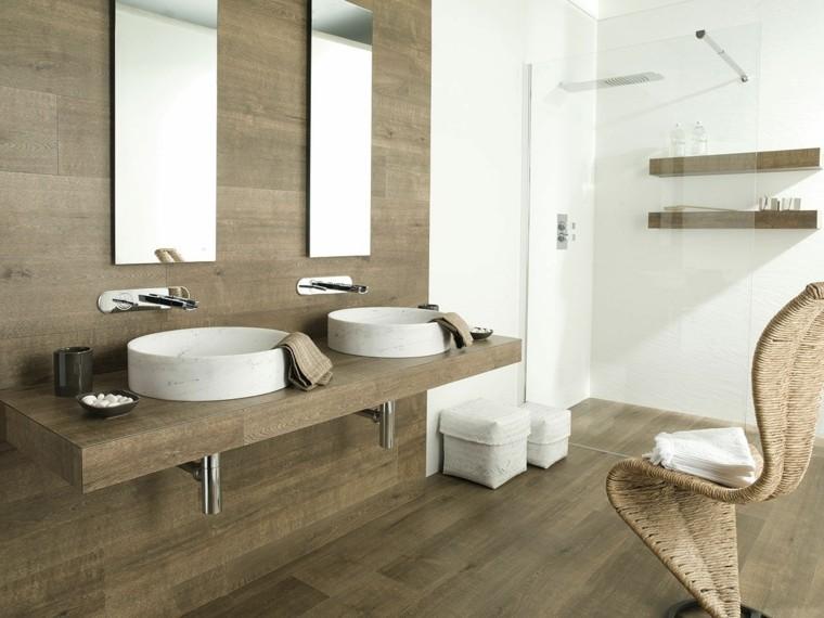 Baño Blanco Suelo Madera:Azulejos diseño madera, un toque natural para tu baño