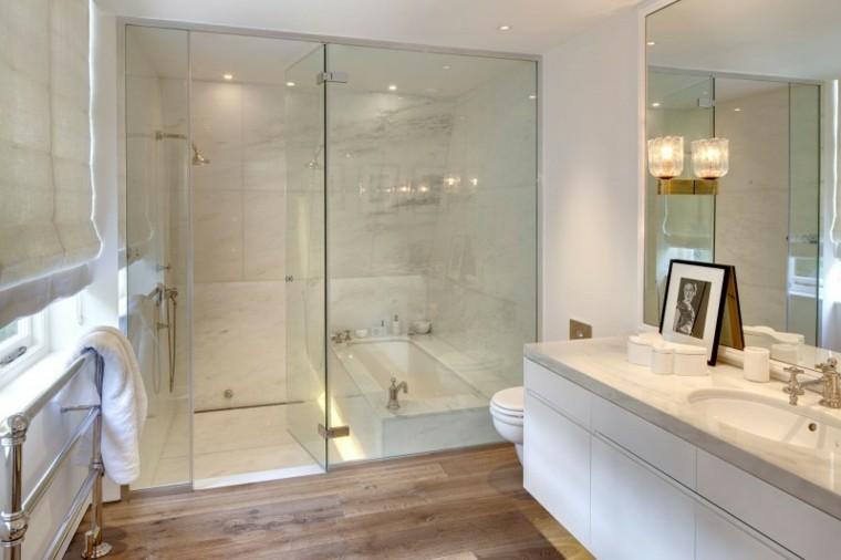 bañera cabina vidrio madera calido