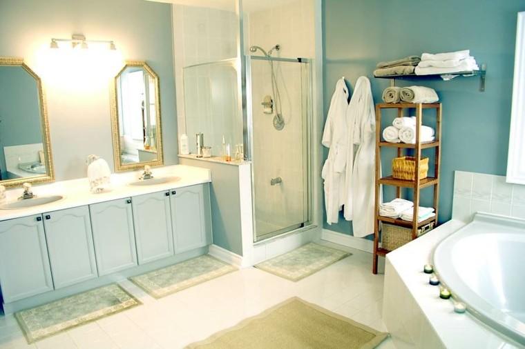 baño color celeste estilo lujoso