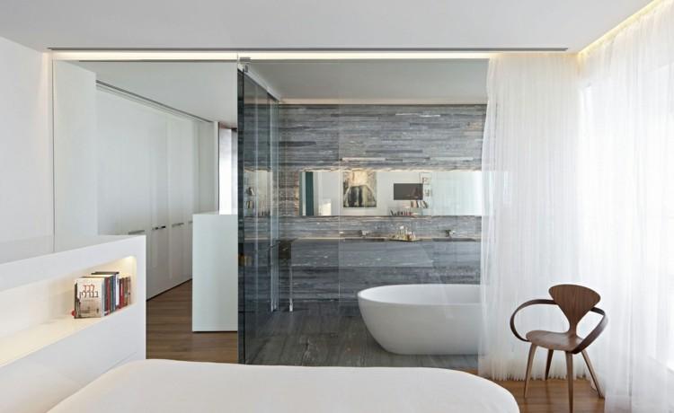 Baño Para Dormitorio:cuarto de baño de cristal con vistas desde el dormitorio