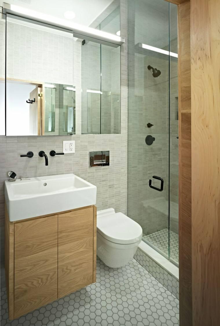baño pequeño plato ducha mampara
