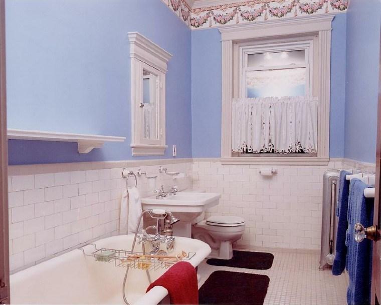baño estilo shabby chic lila