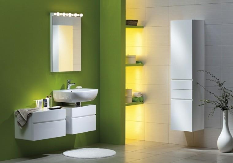 baño color verde luces led