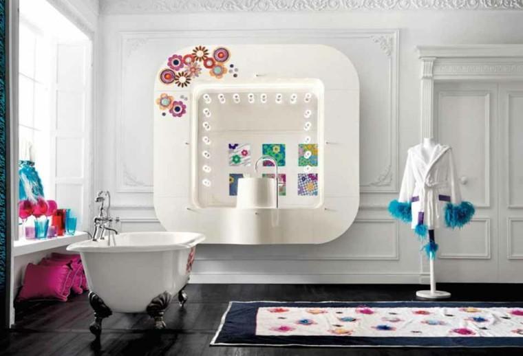 baños de color adornos colores