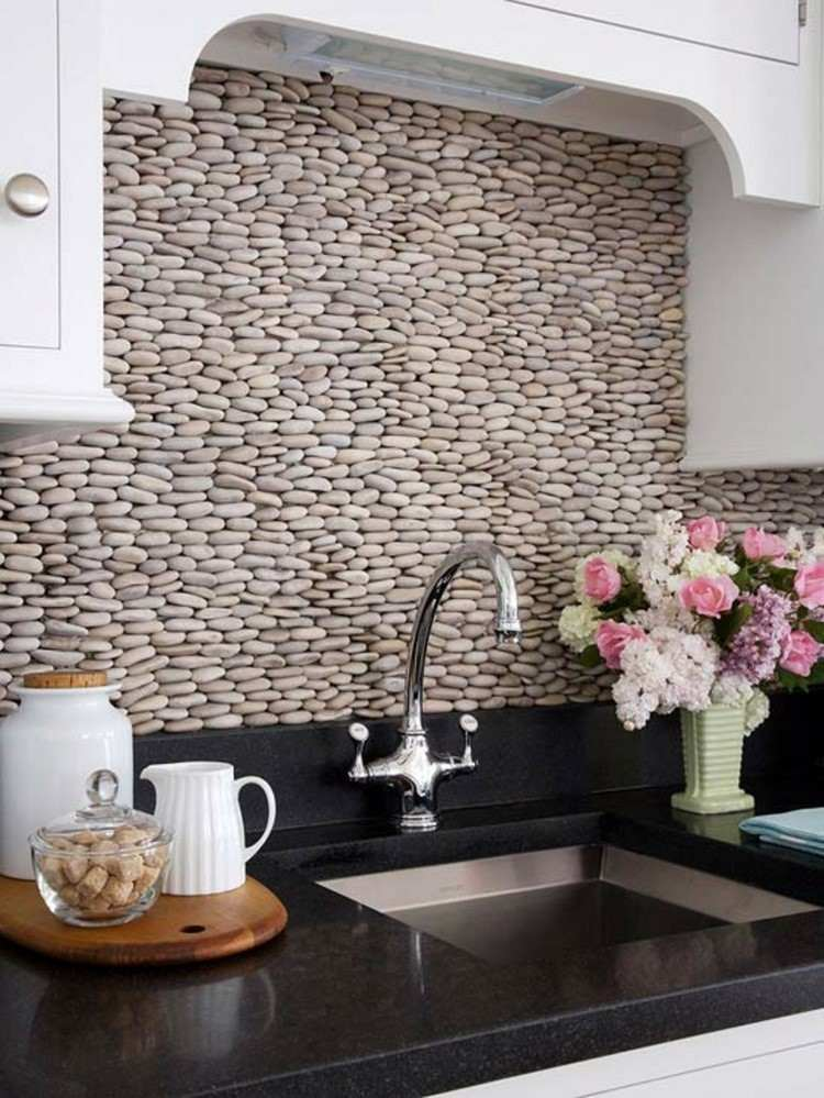Paneles decorativos 50 ideas para la pared de la cocina for Cocinas con piedras decorativas