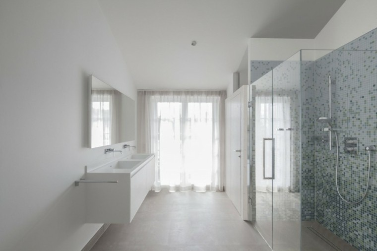 bano amplio estilo minimalista cortina ducha ideas