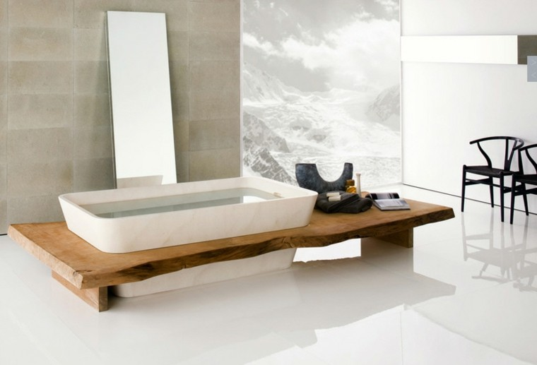 bano banera madera espejo grande estilo minimalista ideas