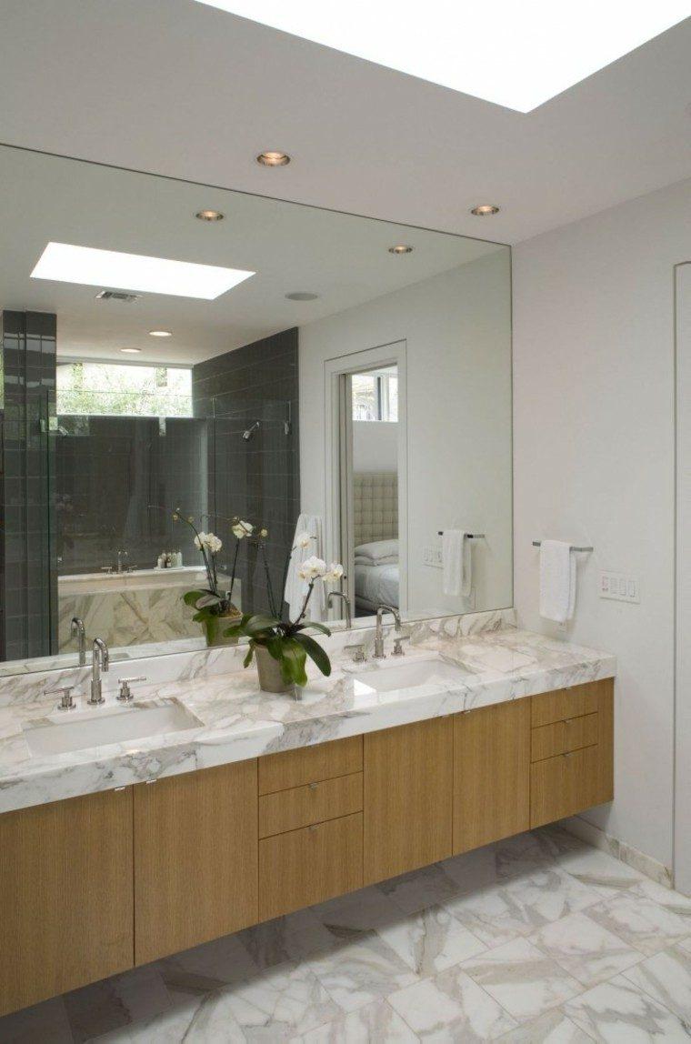 Baño Gris Con Madera:losas grises en el baño con lavabo de mármol