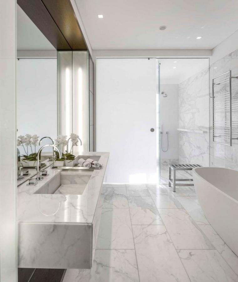 banos estilo minimalista moderno marmol espejo grande ideas