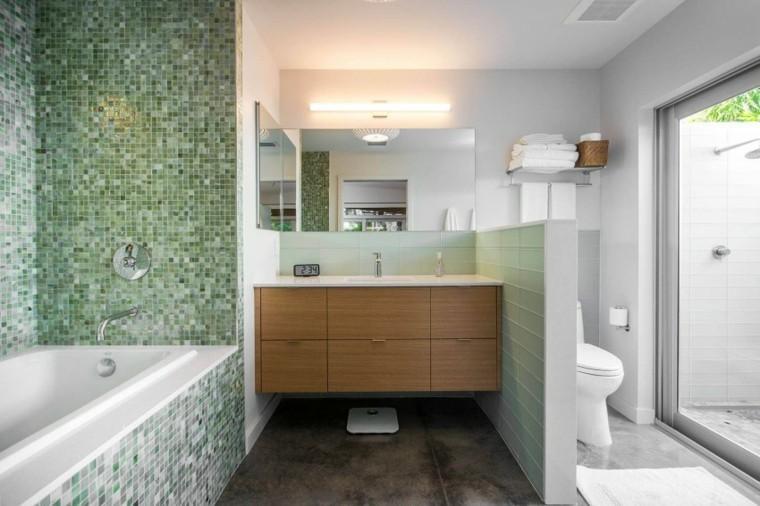 banos estilo minimalista moderno mosaico verde banera ideas