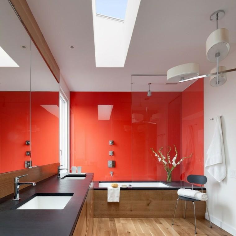 banos estilo minimalista moderno pared roja ideas