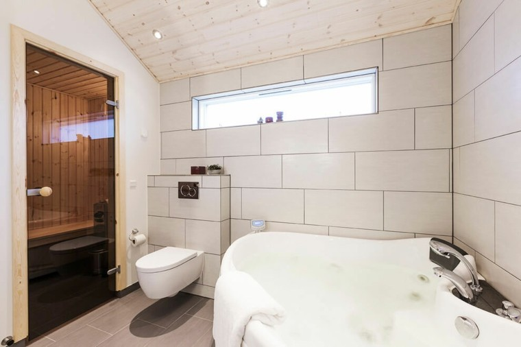 El Baño De Jacuzzi Al Pasado:jacuzzi en el baño moderno al estilo minimalista