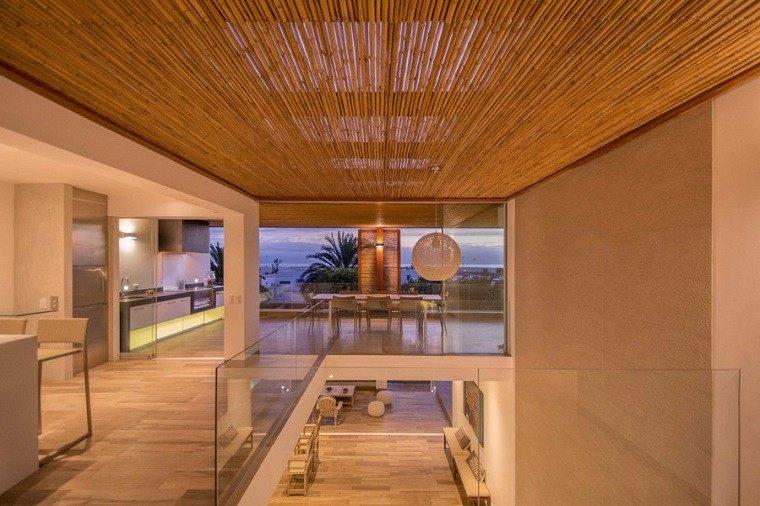 baranda escaleras vidrio transparente bordes
