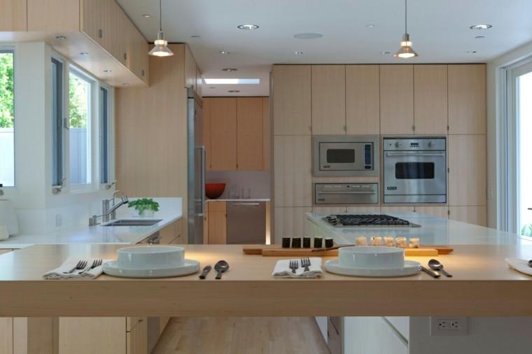 barras de cocina madera clara