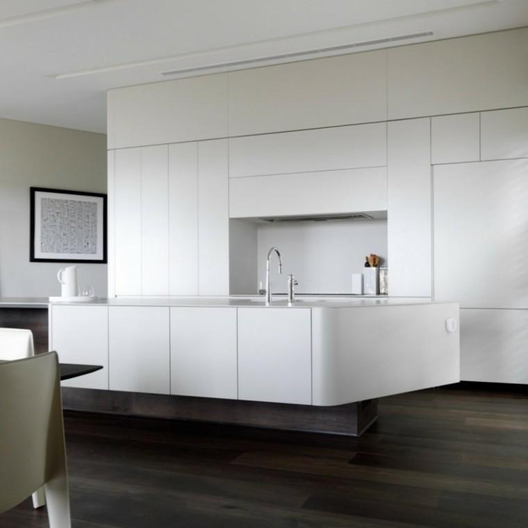 bonito diseño cocina blanca moderna