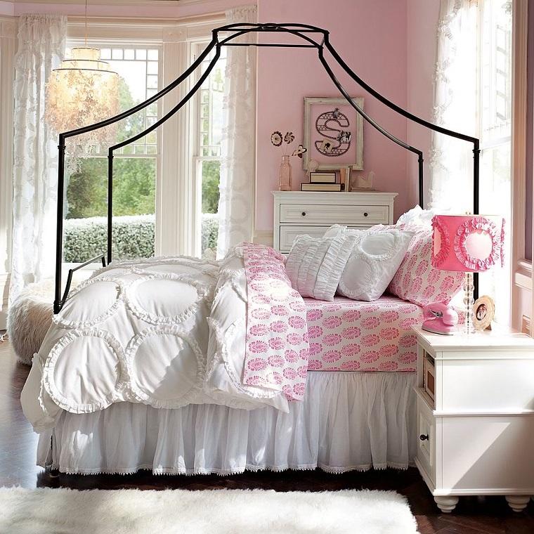 cama dosel acero negro habitacion chica luminosa ideas