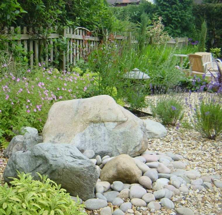casa muro sillones plantas variantes