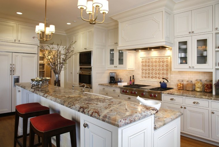 Cocina americana con barra funcionalidad en tu hogar - Marmoles para cocinas ...