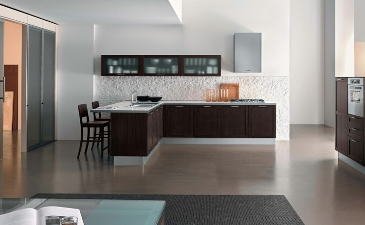 cocina amplia panel interesante arrugado blanco idea